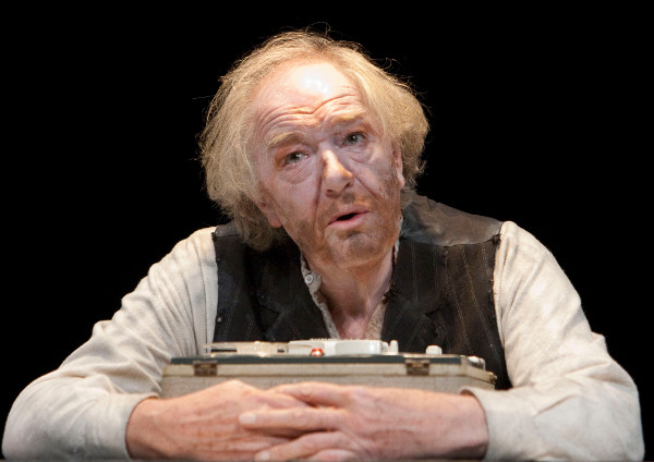 Michael Gambon in Krapp's Last Tape (2010)