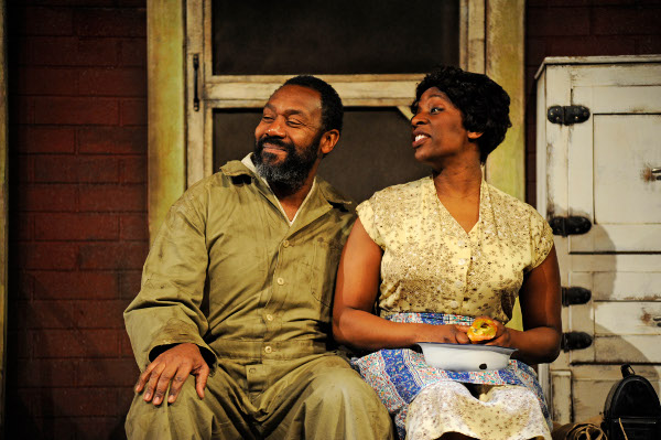 Lenny Henry as Troy and Tanya Moodie as Rose