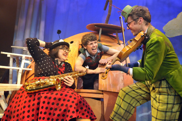 Claire Greenway, Tom Gillies and Iwan Tudor in James and the Giant Peach (Birmingham Stage Company)