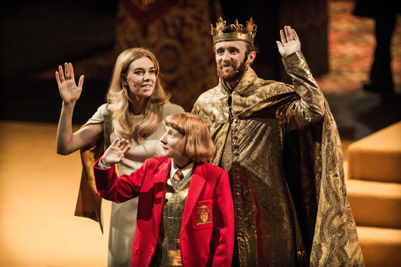 Vanessa Kirby (Queen Isabella), Bettrys Jones (Prince Edward) and John Heffernan (Edward II)