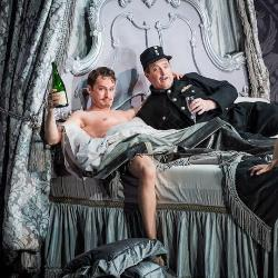 Edgaras Montvidas & Andrew Shore in Die Fledermaus